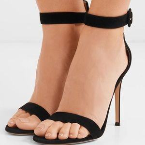 Auth GIANVITO ROSSI black velvet sandals